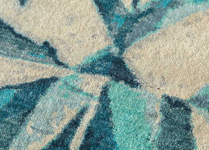 geode ivory silk hand knotted Rug - CloseUp