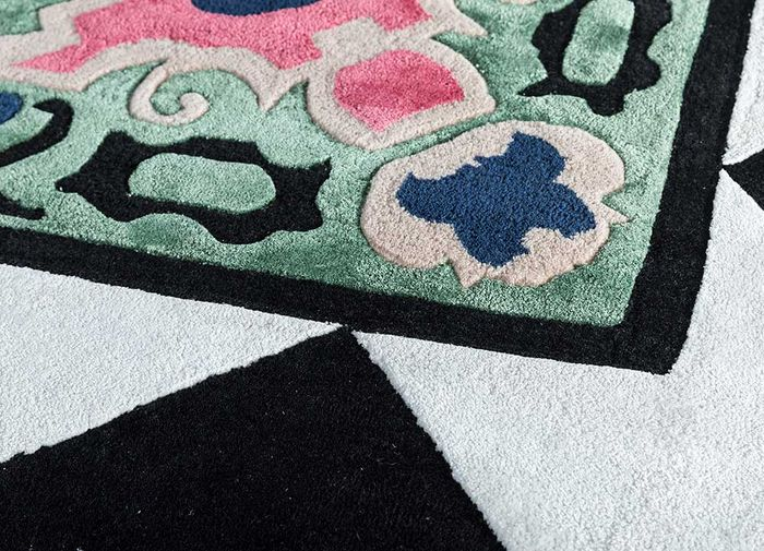 concoction ivory wool and viscose hand tufted Rug - CloseUp