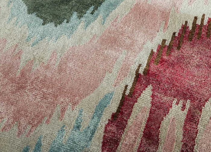 verna pink and purple bamboo silk hand knotted Rug - CloseUp