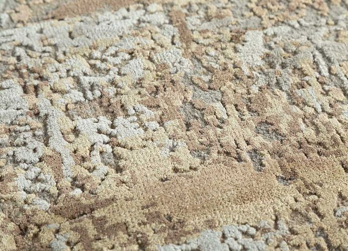 kibrast grey and black wool and silk hand knotted Rug - CloseUp