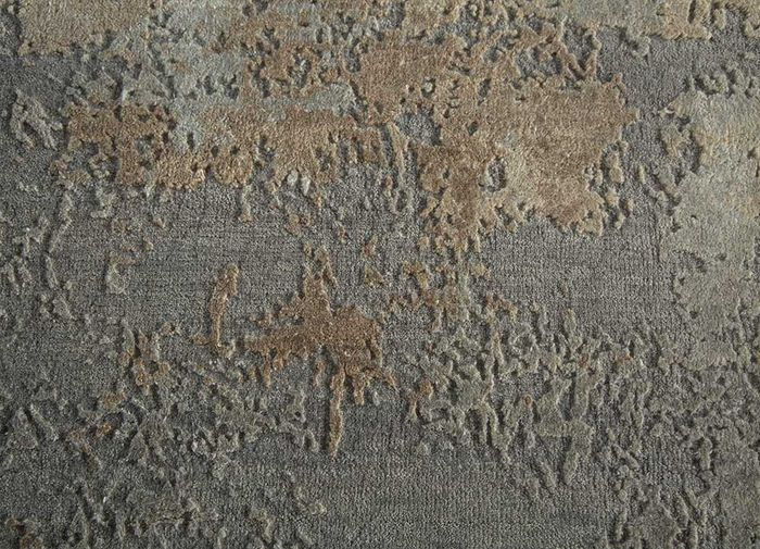 memoir ivory wool and silk hand knotted Rug - CloseUp