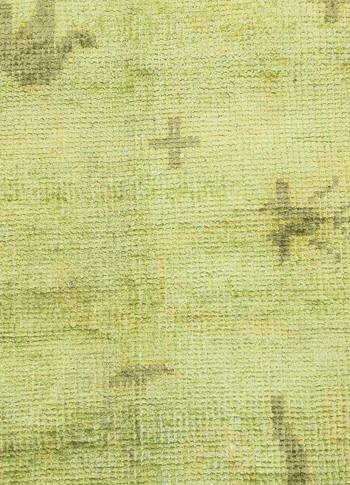 eden green viscose hand knotted Rug - CloseUp