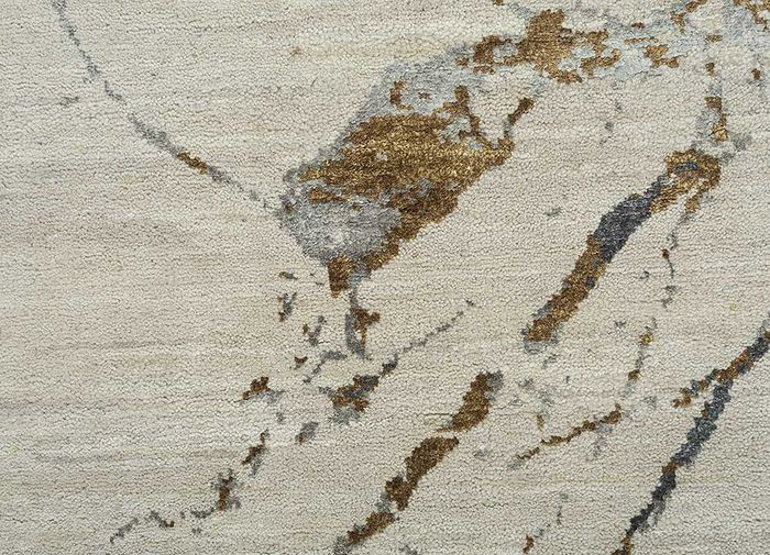 urban pause by kavi ivory wool and silk hand knotted Rug - CloseUp