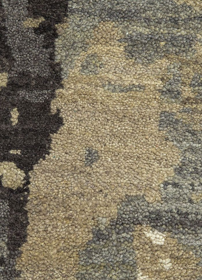 entropy grey and black wool hand knotted Rug - CloseUp
