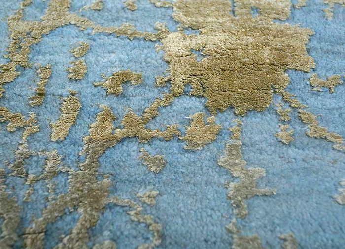 chaos theory by kavi blue wool and bamboo silk hand knotted Rug - CloseUp