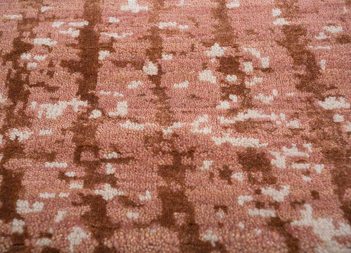 memoir red and orange wool and bamboo silk hand knotted Rug - CloseUp