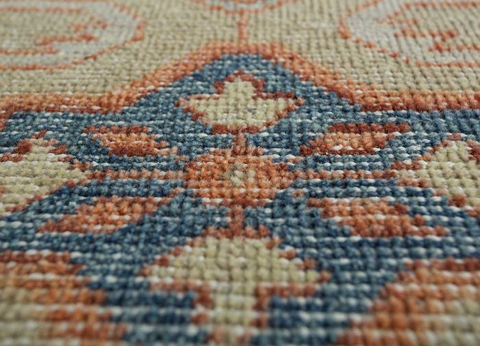 eden gold wool hand knotted Rug - CloseUp