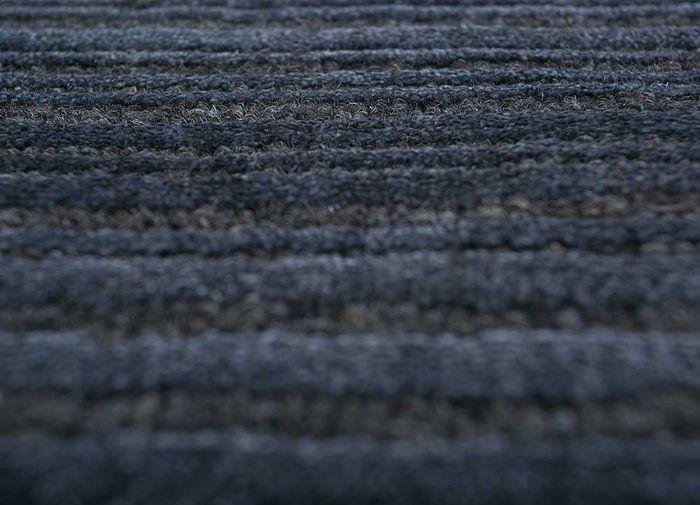oxford blue wool hand loom Rug - CloseUp
