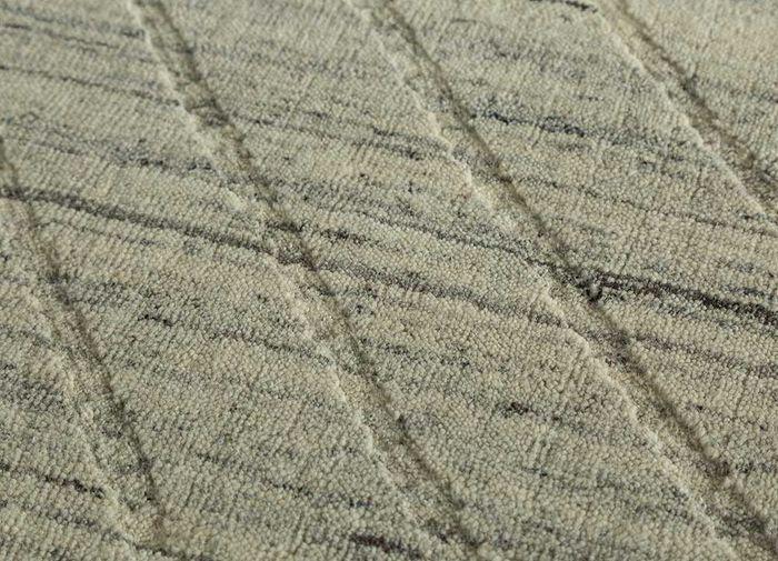 graze ivory wool hand loom Rug - CloseUp