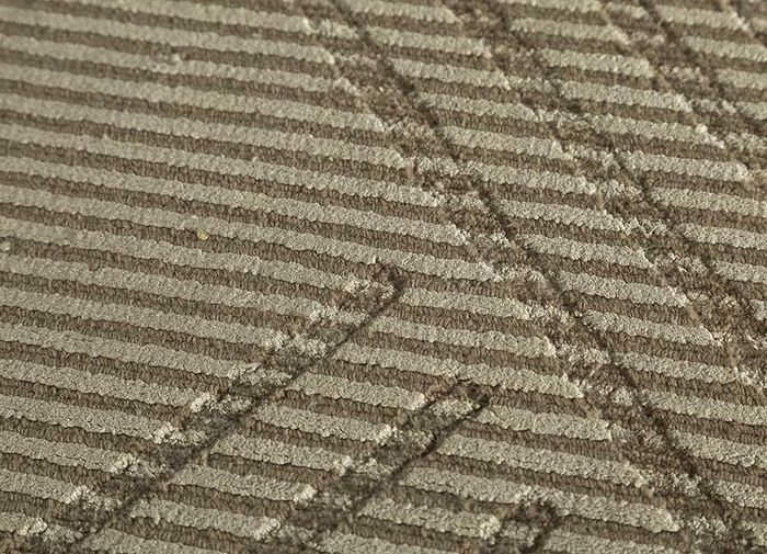 oxford beige and brown wool and viscose hand loom Rug - CloseUp