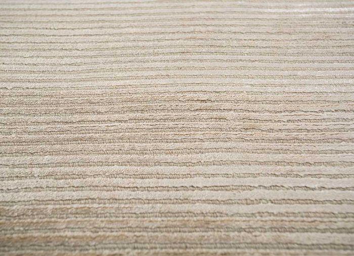 basis beige and brown wool and viscose hand loom Rug - CloseUp