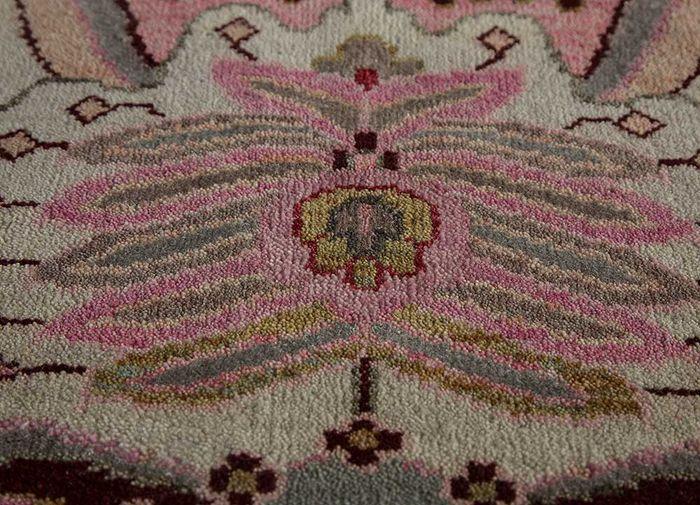 artisan originals ivory wool and bamboo silk hand knotted Rug - CloseUp
