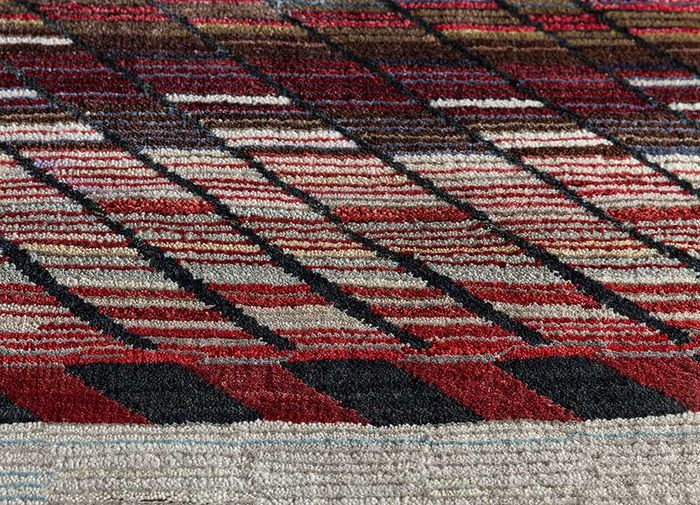 freedom manchaha beige and brown wool and bamboo silk hand knotted Rug - CloseUp