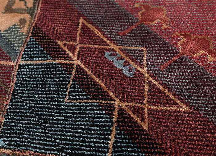freedom manchaha red and orange wool and bamboo silk hand knotted Rug - CloseUp