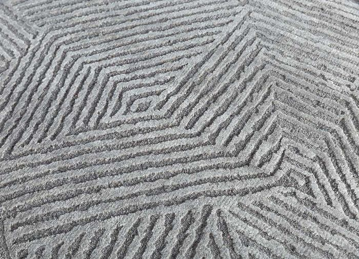 cleo grey and black wool and bamboo silk hand knotted Rug - CloseUp