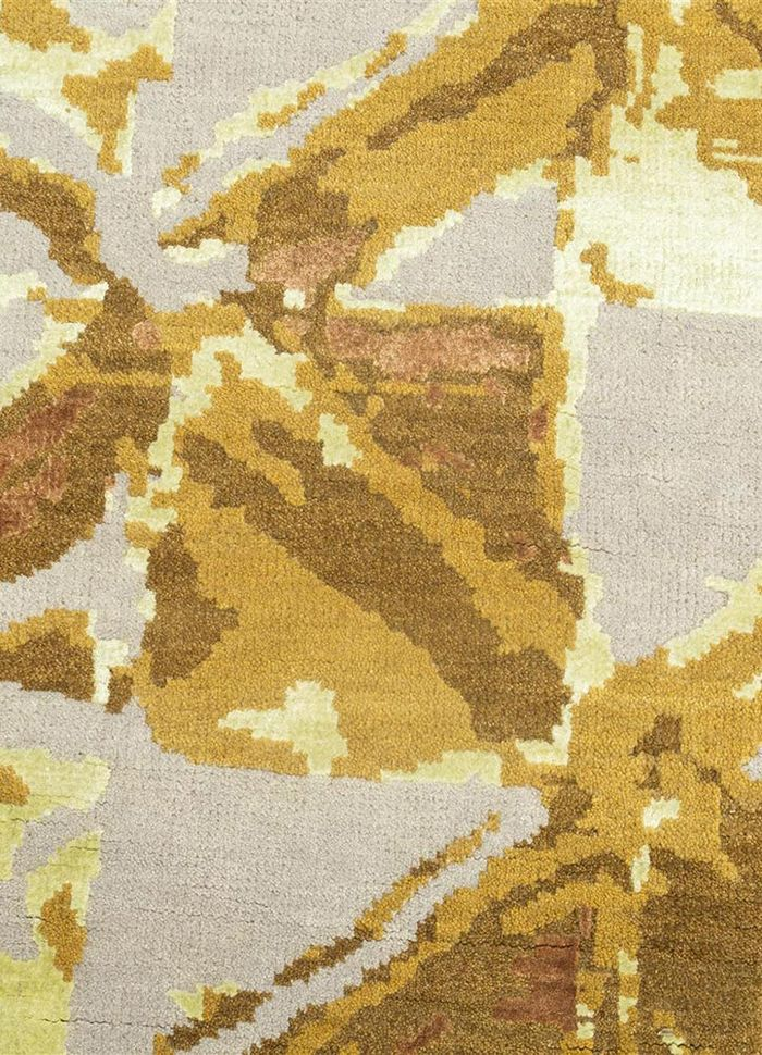 mezcla gold wool and bamboo silk hand knotted Rug - CloseUp