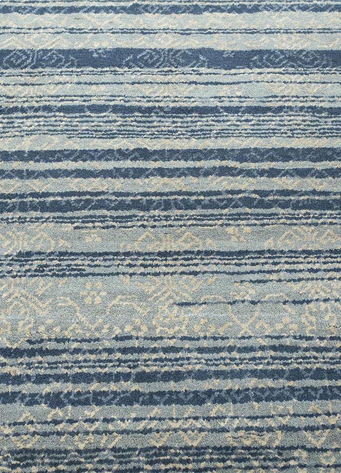 viscaya blue wool and silk hand knotted Rug - CloseUp