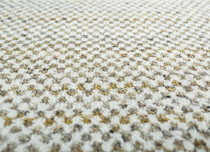 graze gold wool hand loom Rug - CloseUp