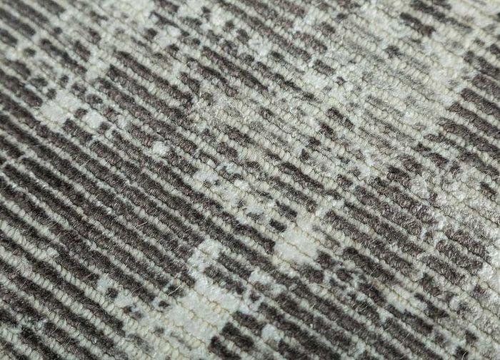 acar grey and black wool and viscose hand loom Rug - CloseUp