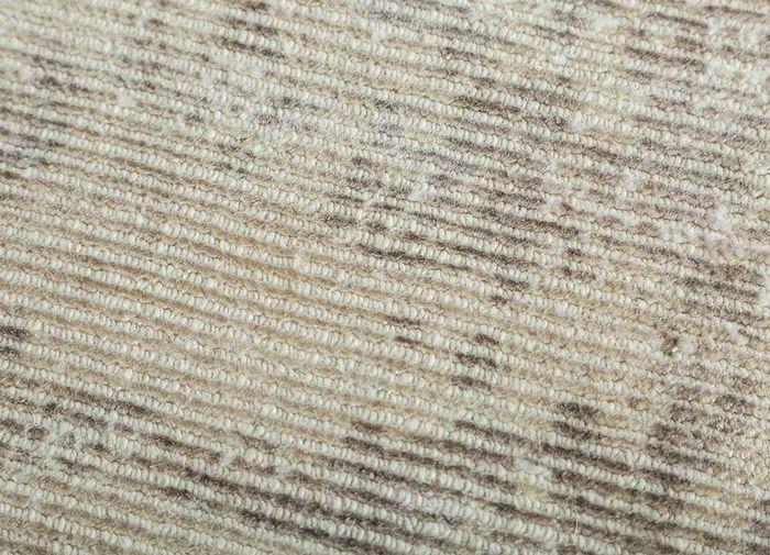 acar gold wool and viscose hand loom Rug - CloseUp