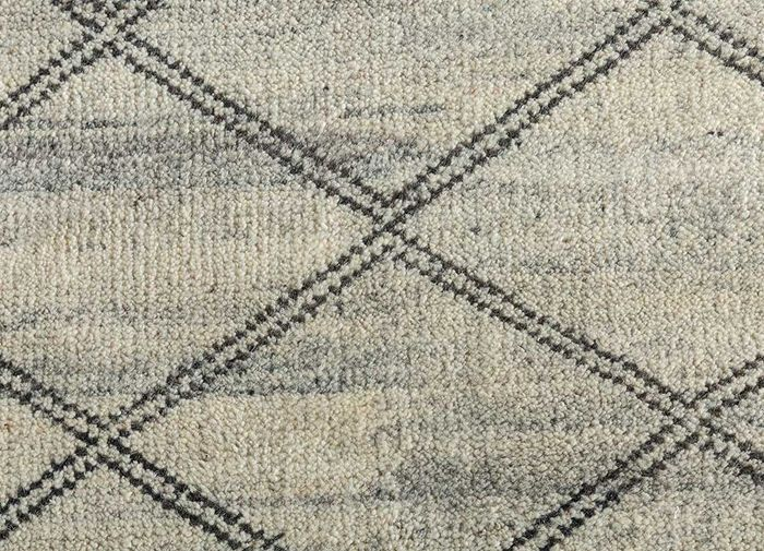 cleo ivory wool hand knotted Rug - CloseUp