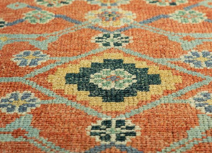 eden red and orange wool hand knotted Rug - CloseUp