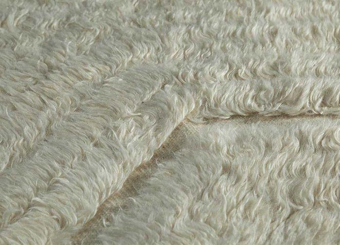 zuri ivory wool hand knotted Rug - CloseUp