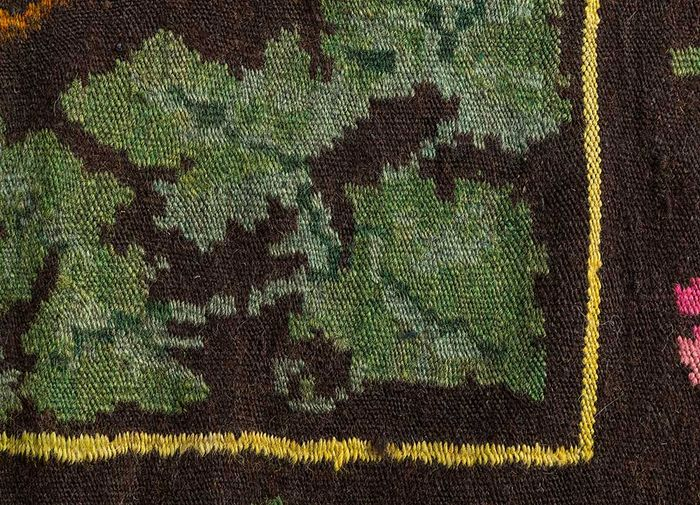 kilim pink and purple wool hand knotted Rug - CloseUp
