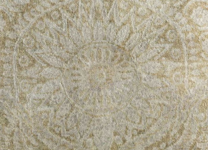 floret ivory wool and silk hand knotted Rug - CloseUp