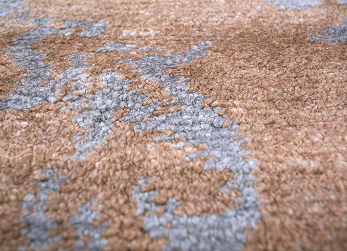 mezcla beige and brown bamboo silk hand knotted Rug - CloseUp