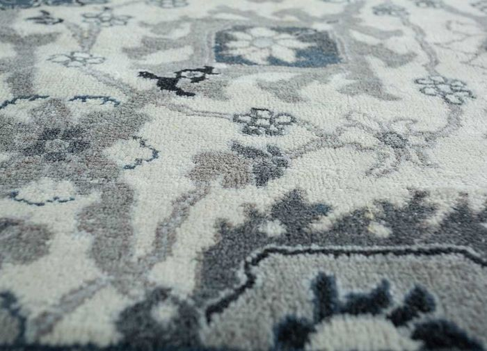 biscayne ivory others hand knotted Rug - CloseUp