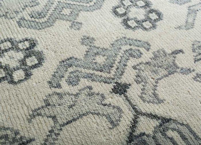 mezcla ivory wool hand knotted Rug - CloseUp