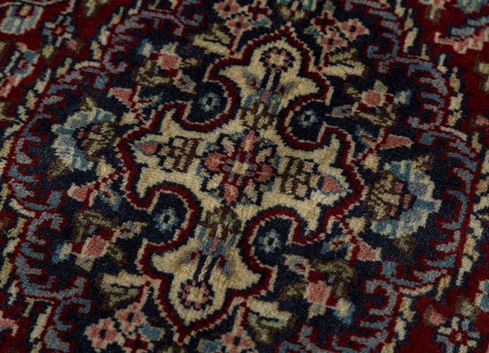 amani red and orange wool hand knotted Rug - CloseUp