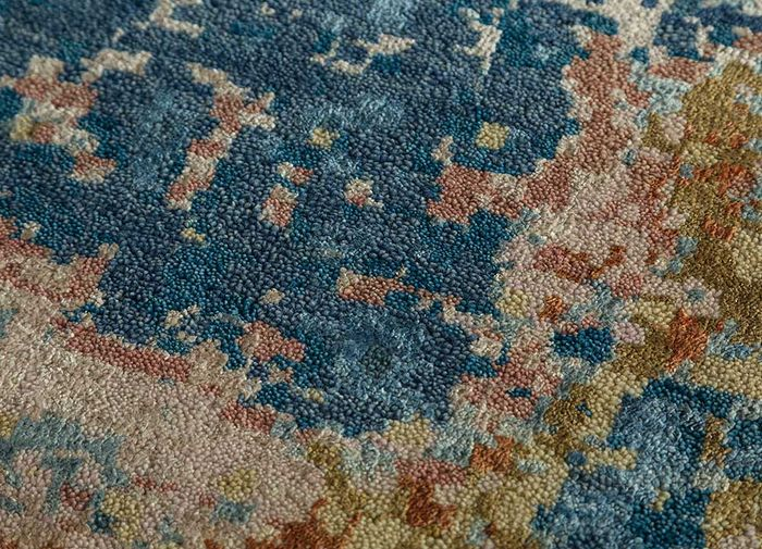 pansy gold wool and silk hand knotted Rug - CloseUp