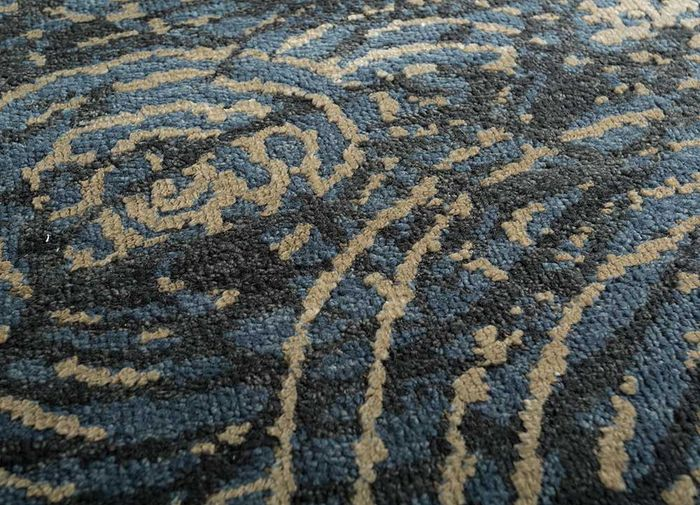 geode blue wool and viscose hand knotted Rug - CloseUp