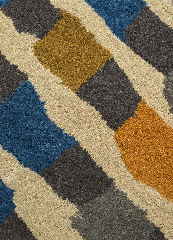 confetti beige and brown wool hand tufted Rug - CloseUp