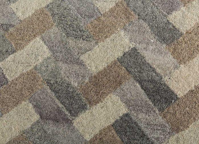 decade grey and black wool hand tufted Rug - CloseUp