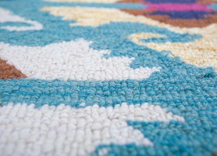 mythos blue wool hand tufted Rug - CloseUp