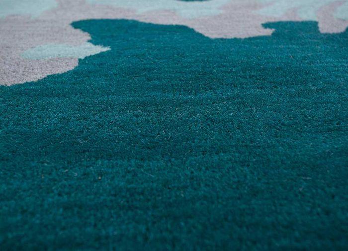 oscar blue wool hand tufted Rug - CloseUp