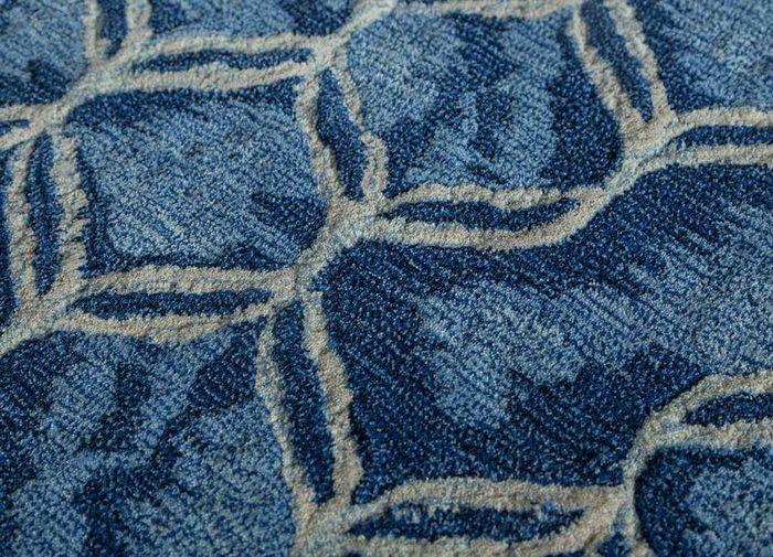 decade blue wool hand tufted Rug - CloseUp