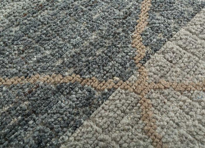 revolution grey and black wool hand knotted Rug - CloseUp