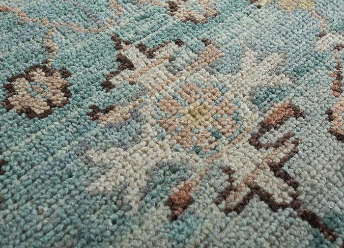 eden blue wool hand knotted Rug - CloseUp
