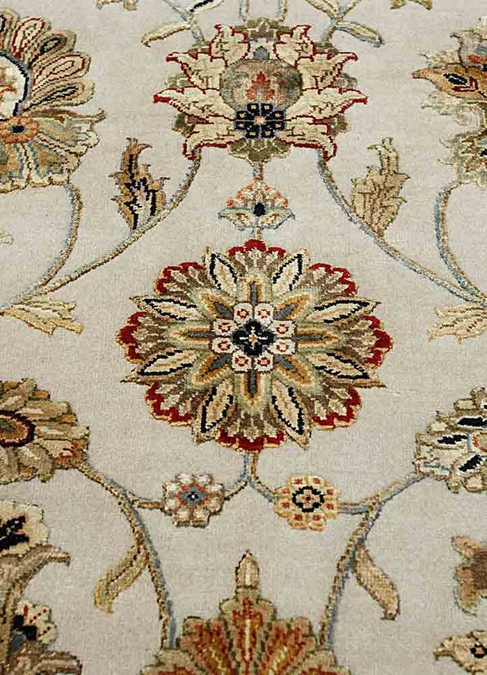 aurora ivory wool and silk hand knotted Rug - CloseUp