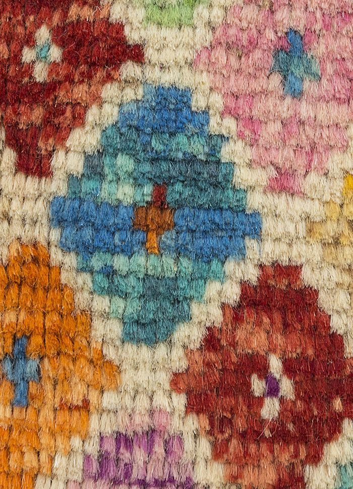 afghan mori gold wool hand knotted Rug - CloseUp