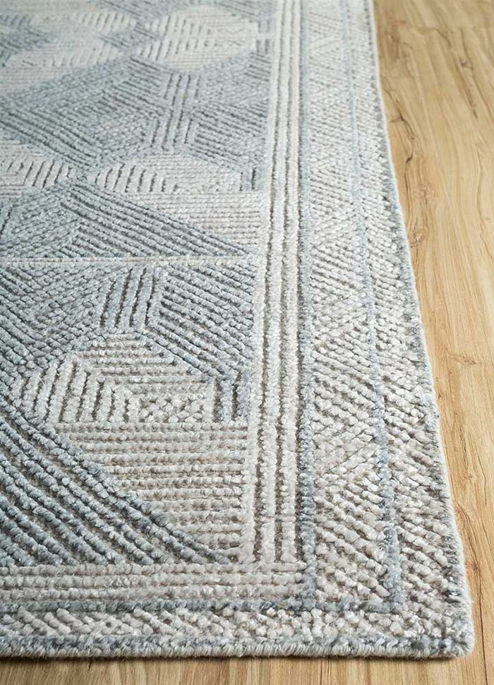 revolution grey and black wool and bamboo silk hand knotted Rug - Corner