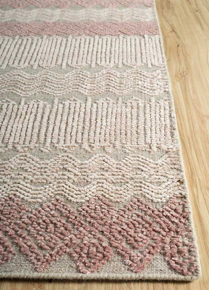 revolution ivory wool and bamboo silk hand knotted Rug - Corner