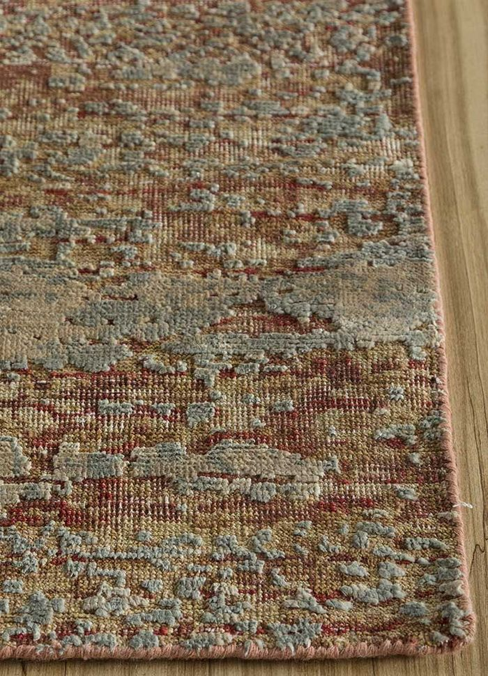 memoir red and orange wool and silk hand knotted Rug - Corner
