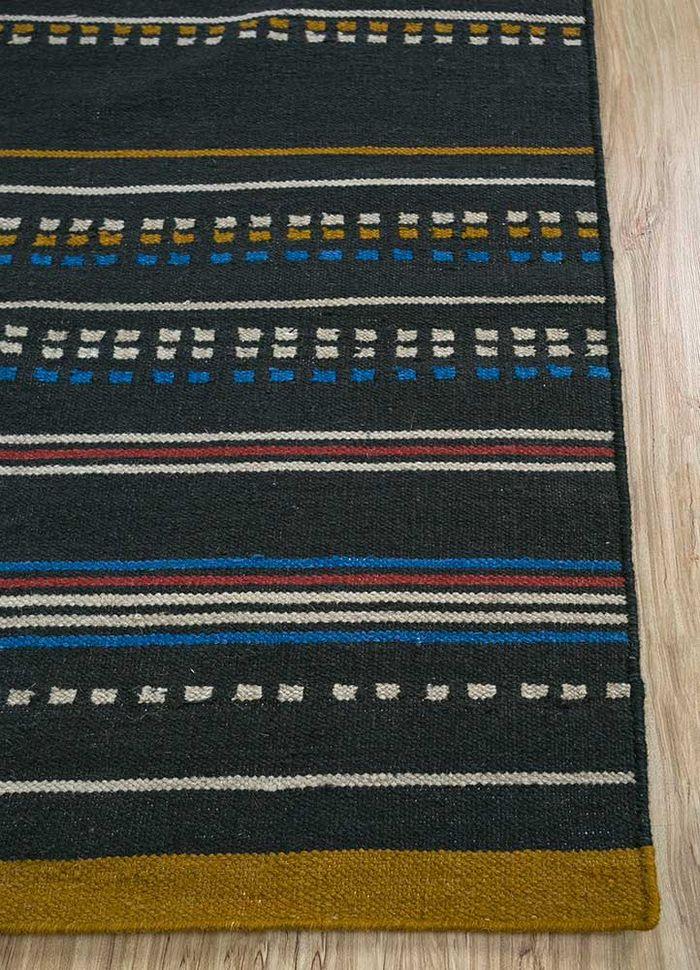 aprezo grey and black wool flat weaves Rug - Corner