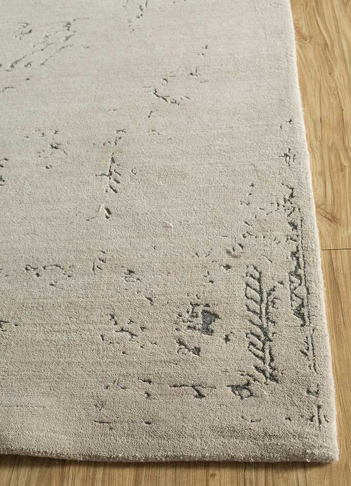 far east ivory wool and bamboo silk hand knotted Rug - Corner
