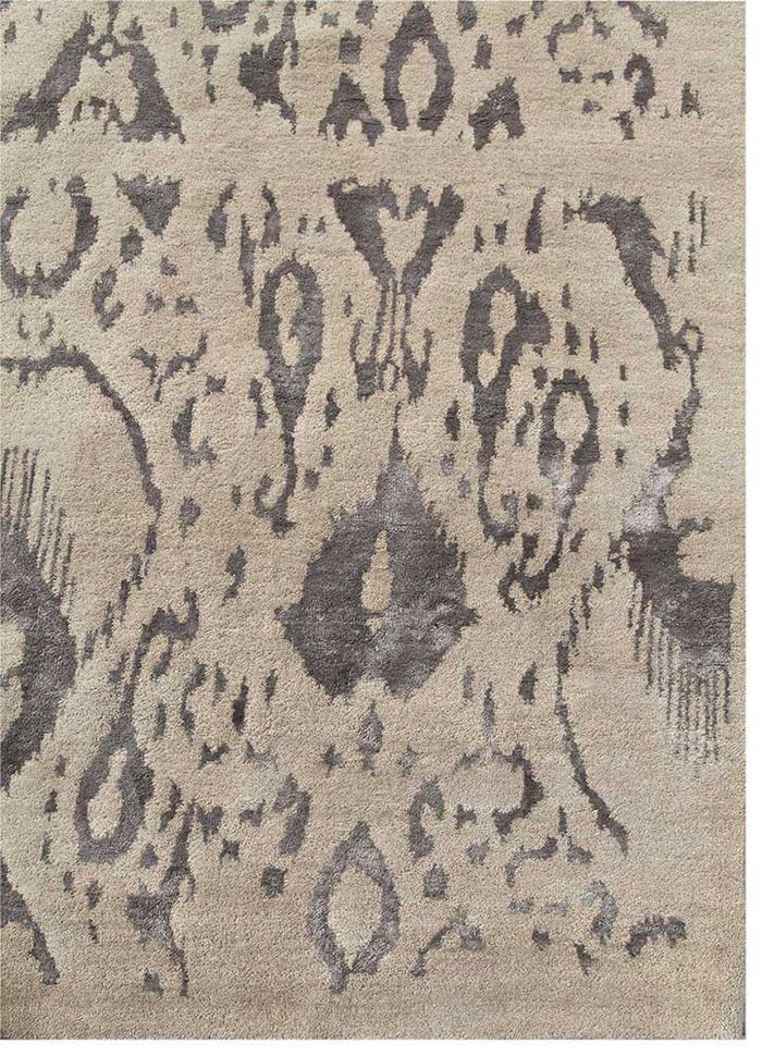 verna grey and black wool and bamboo silk hand knotted Rug - Corner